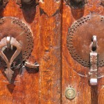 """His & Hers"" Door knockers from Kandelous"